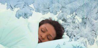 donna che dorme al freddo