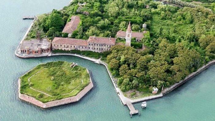 Wyspa Poveglia, Włochy