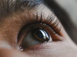 open eyelid, eyes