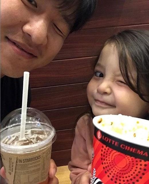 박주호와 딸 나은이