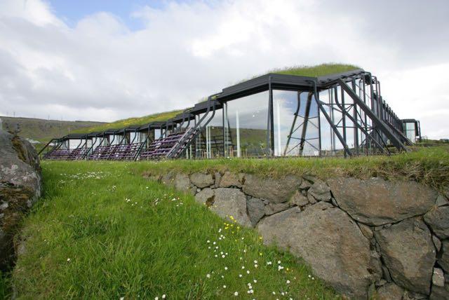 Tetti ricoperti di erba-Isole-Faroe